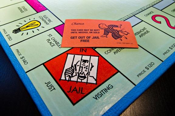 Monopoly Jail. Par Melissa Hinca-Ownby. CC-BY-NC-SA. Source : Flickr.