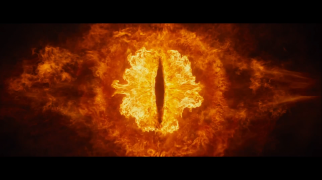 the-eye-of-sauron-in-desolation-of-smaug-1024x575